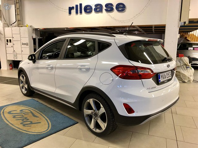 Ford Fiesta Active 7
