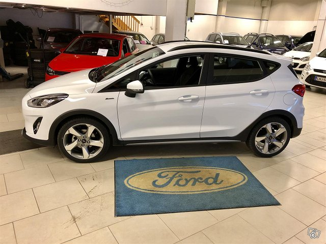 Ford Fiesta Active 8