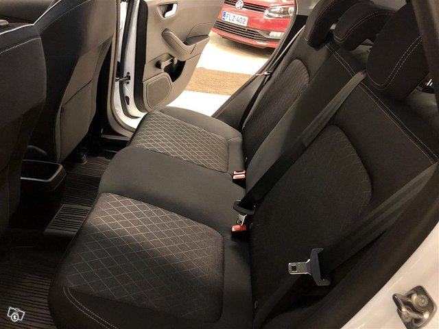 Ford Fiesta Active 12