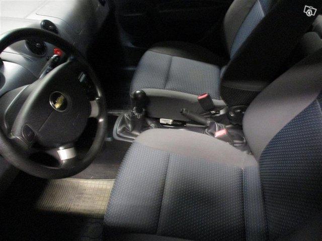 Chevrolet Kalos 6