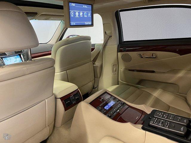 Lexus LS600 Lh 12