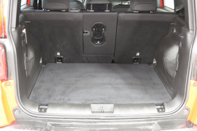 Jeep Renegade 12
