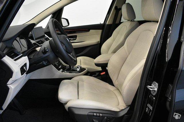 BMW 220 10