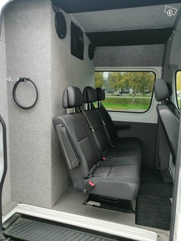Mercedes-Benz SPRINTER 9