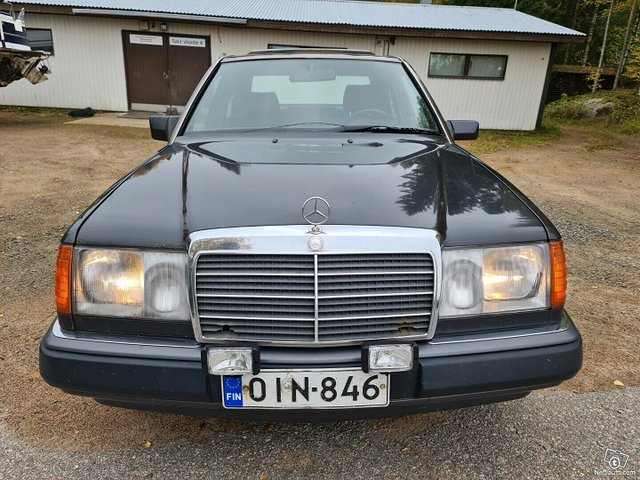 Mercedes-Benz 200 7