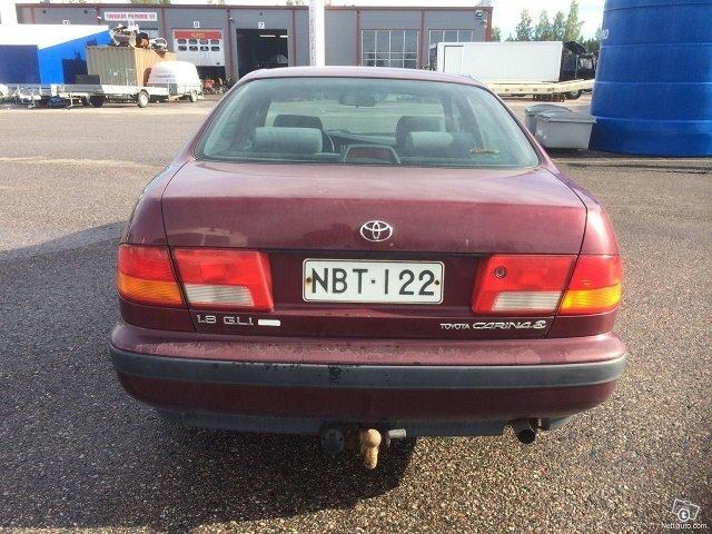 Toyota Carina 13