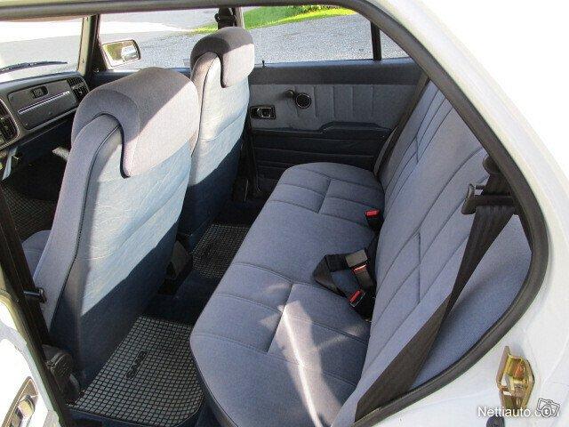 Saab 900 12