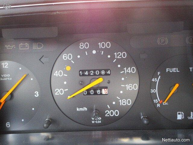 Saab 900 16