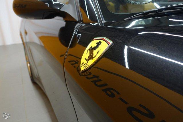 Ferrari 612 12