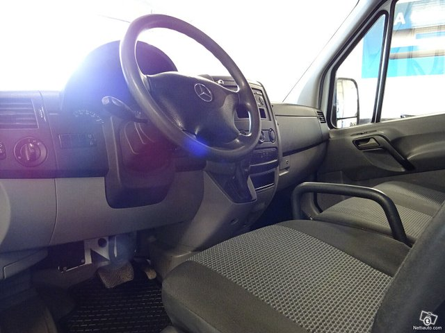 Mercedes-Benz Sprinter 10