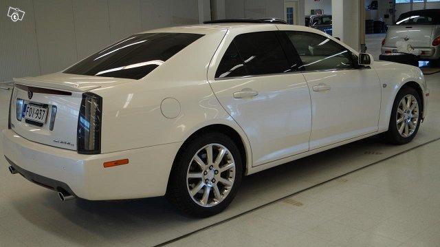 Cadillac STS 9