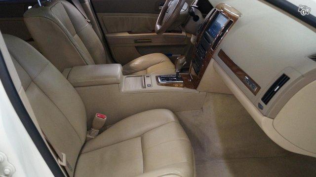 Cadillac STS 14