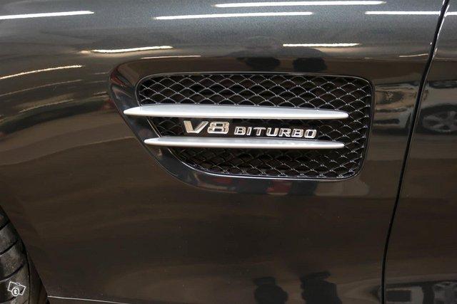 MERCEDES-BENZ AMG GT S 5