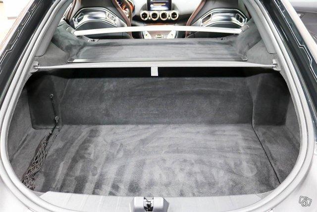 MERCEDES-BENZ AMG GT S 13