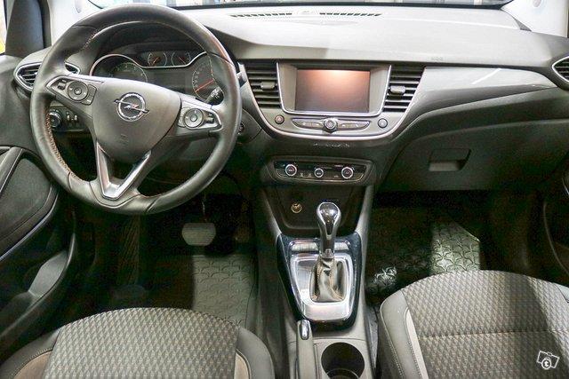 Opel Crossland X 9