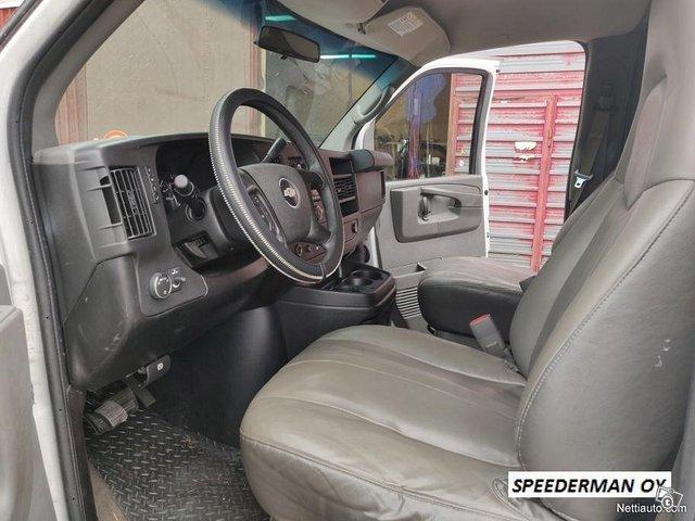 Chevrolet Express 3500 9