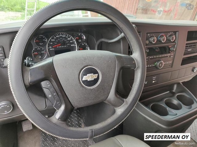 Chevrolet Express 3500 17