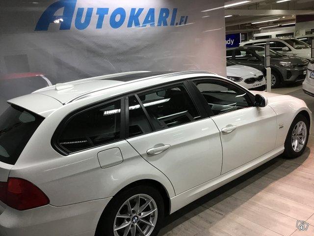 BMW 320 D 2