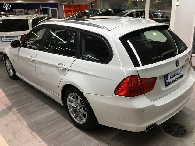 BMW 320 D 4