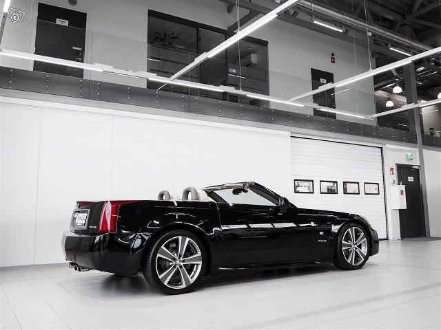 Cadillac XLR 6