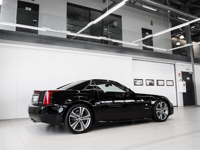 Cadillac XLR 7