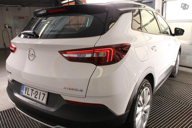 Opel GRANDLAND X 7