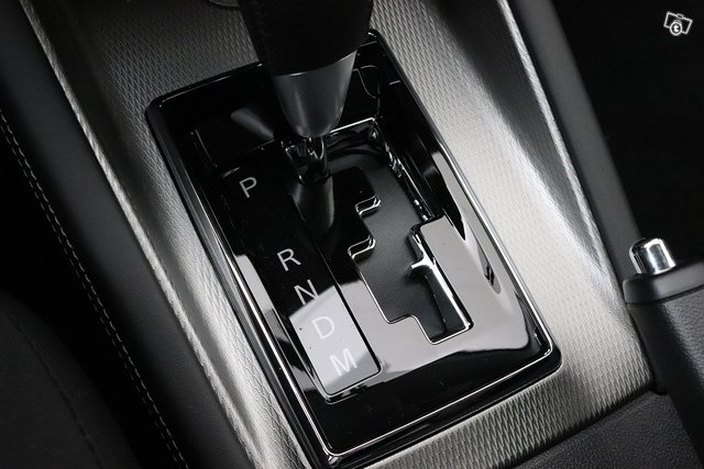 Mitsubishi ASX 16
