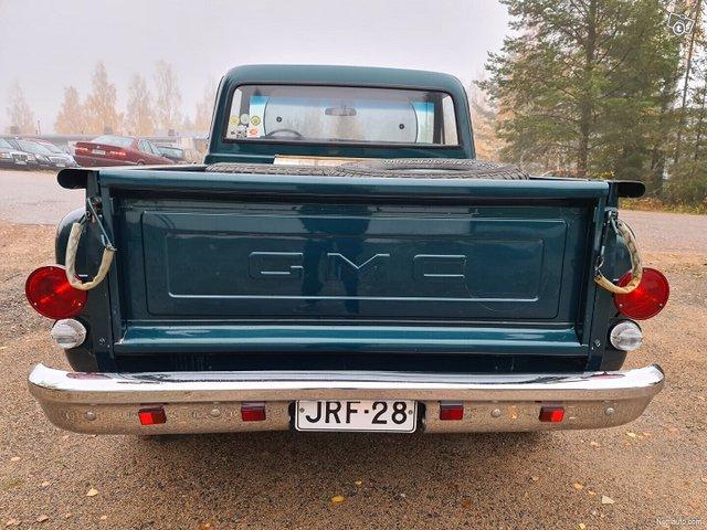 GMC Pickup 8