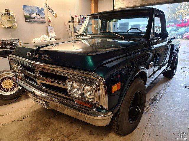 GMC Pickup 9