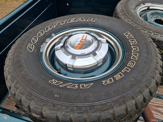 GMC Pickup 20