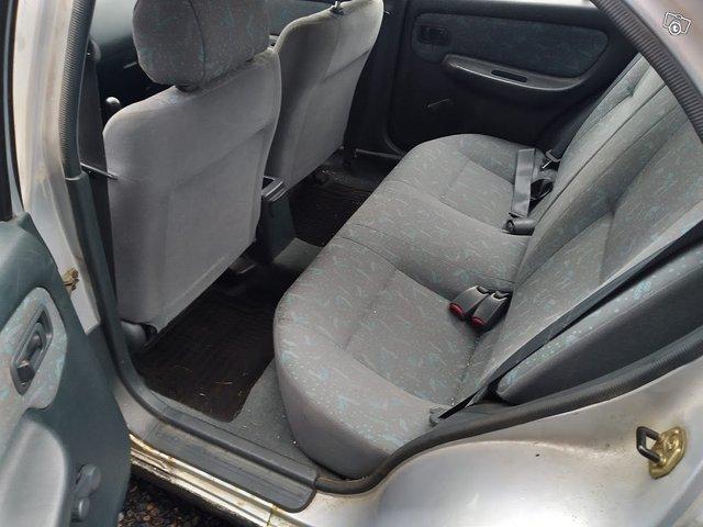 Nissan Almera 1.4 Sedan 4-ov 5