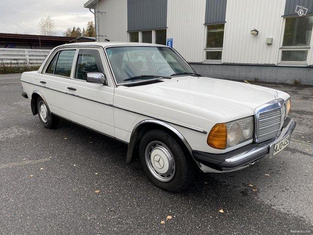 Mercedes-Benz 200 3
