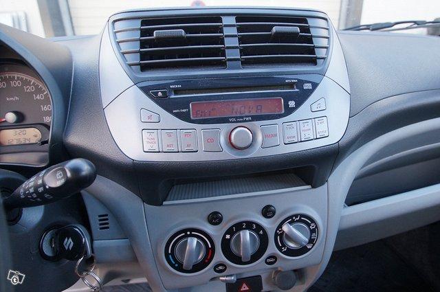 Suzuki Alto 11