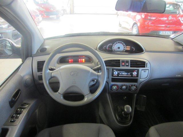 Hyundai Matrix 7