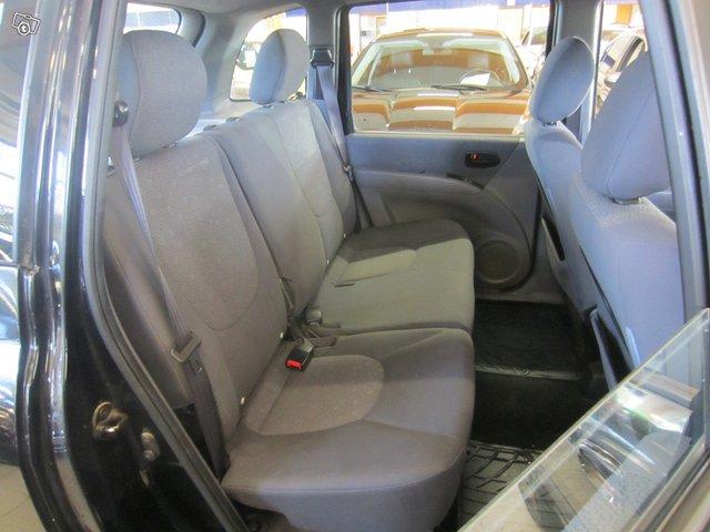 Hyundai Matrix 10