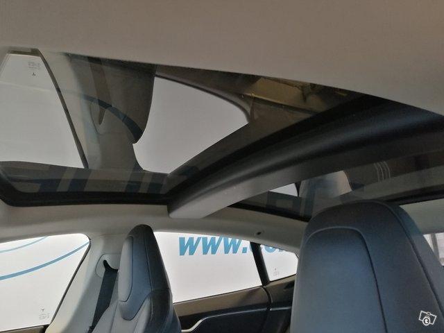 Tesla Motors Model S 5