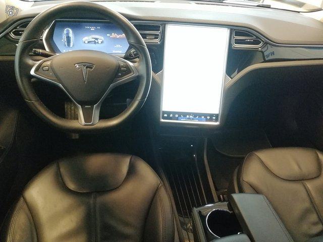 Tesla Motors Model S 6