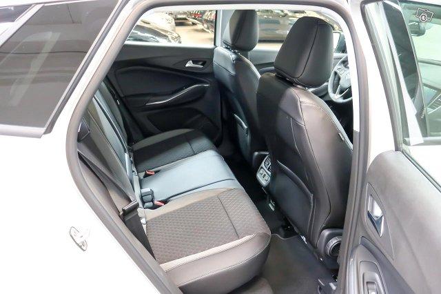 Opel Grandland X 10