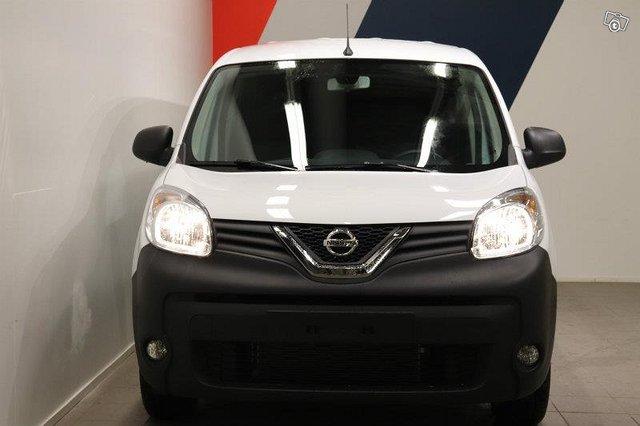 Nissan NV250 12