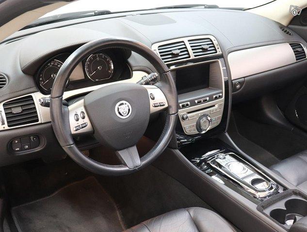 Jaguar XK 11