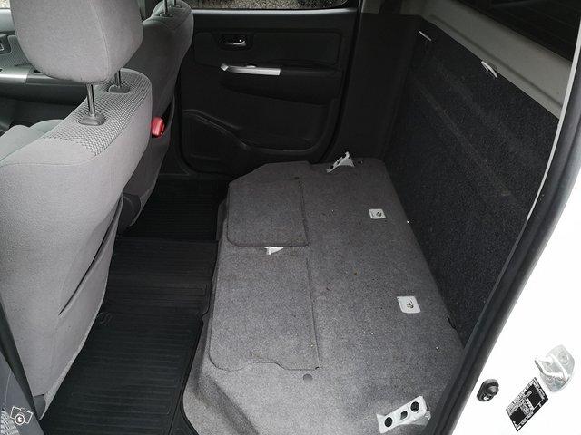 Toyota Hilux 14