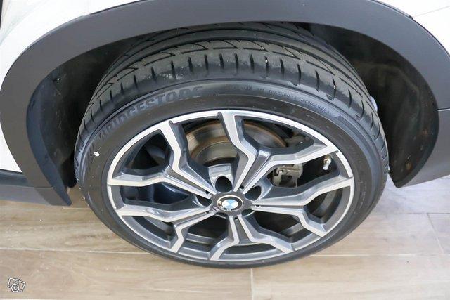 BMW X2 19