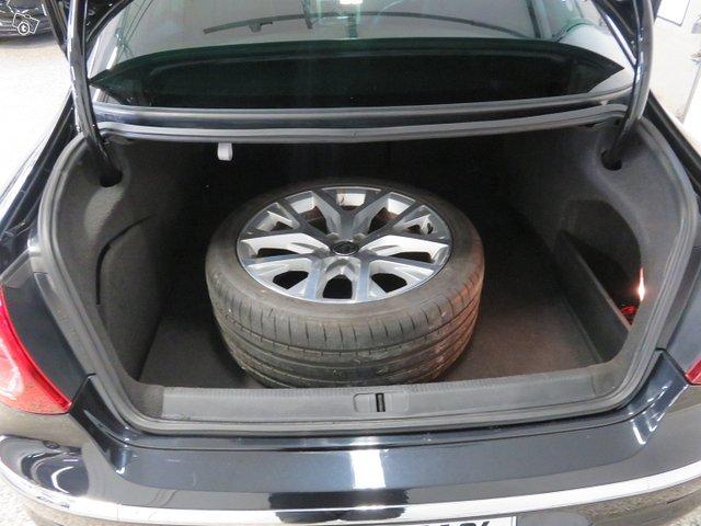 Volkswagen Passat CC 13