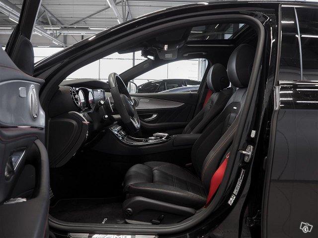 Mercedes-Benz E 43 AMG 5