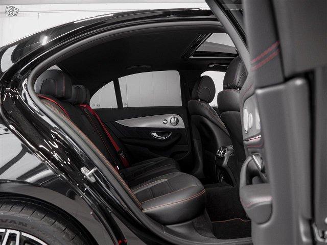 Mercedes-Benz E 43 AMG 8