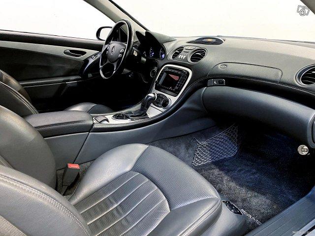 Mercedes-Benz SL 55 AMG 10
