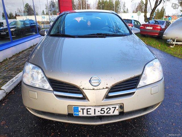 Nissan Primera 8