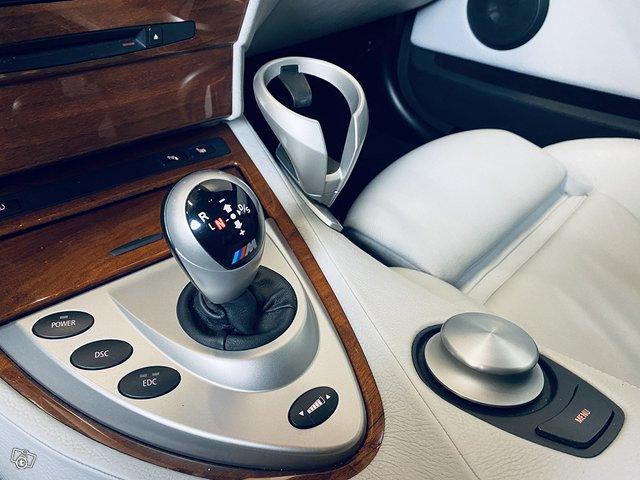 BMW M6 8