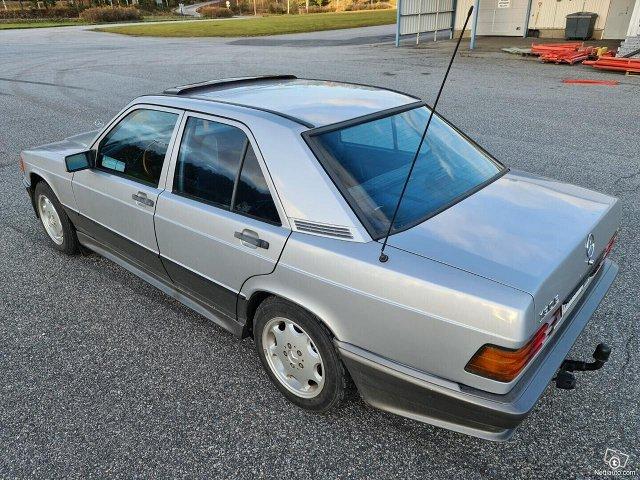 Mercedes-Benz 190 5