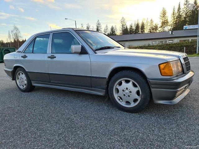 Mercedes-Benz 190 19